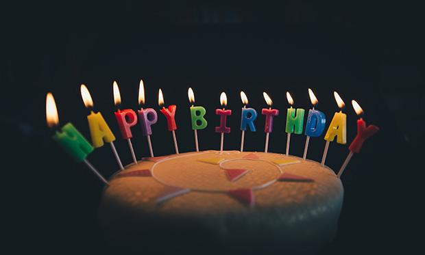 ラブラドールの誕生日ケーキ