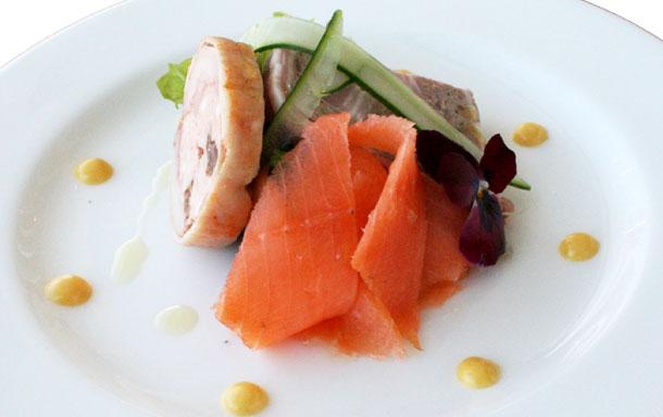 オーナーズヒル軽井沢のレストランの料理の写真